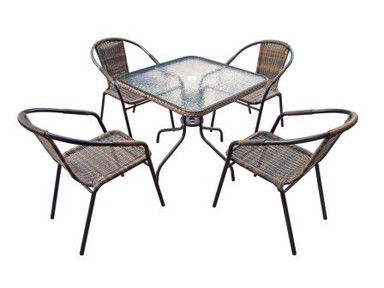 Мебель и аксессуары для дачного отдыха