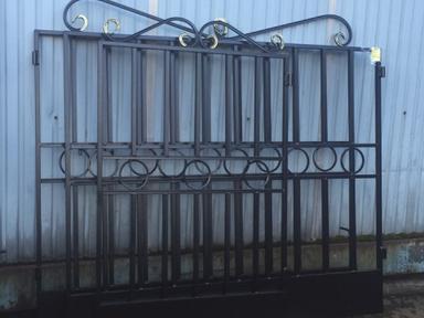 Ворота, столб, калитка
