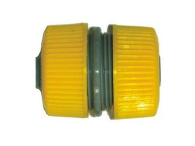 Муфта пласт. для шлангов 1/2 003-2010