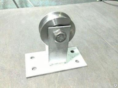 Блок строительный D100 мм  металл.с крюком