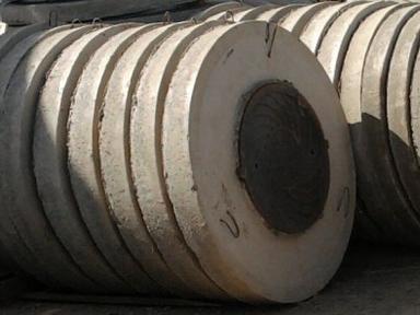 Крышка бетонная с люком ППЛ15-1, ф1500 мм вес-640 кг