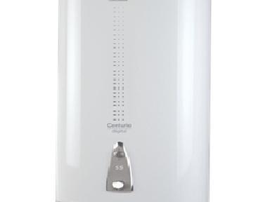 Водонагреватель Electrolux Centurio IQ 2.0 Silver EWH30