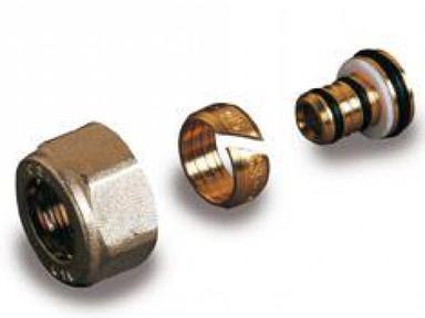 Фитинг для труб из м/п 16х2.0 G1/2 TP 96