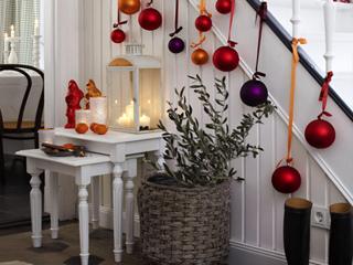 Новогодние украшения и электро гирлянды