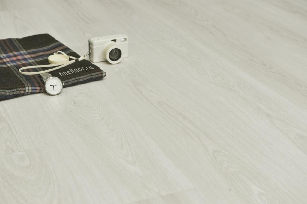 Ламинат кварц-виниловый FineFloor  Light FF-1325 Дуб Безье 1251х187х4,5мм(1уп.-2,1м2) 34кл.