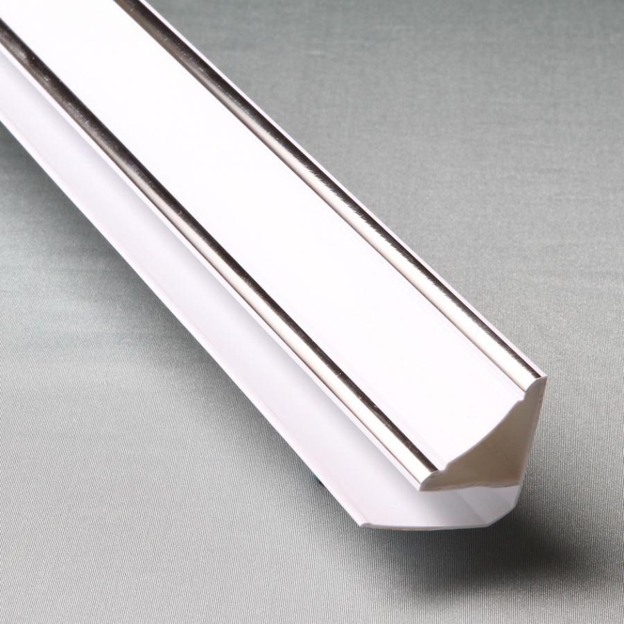 Профиль ПВХ Верхний плинтус 8мм, 3 м Silver Line