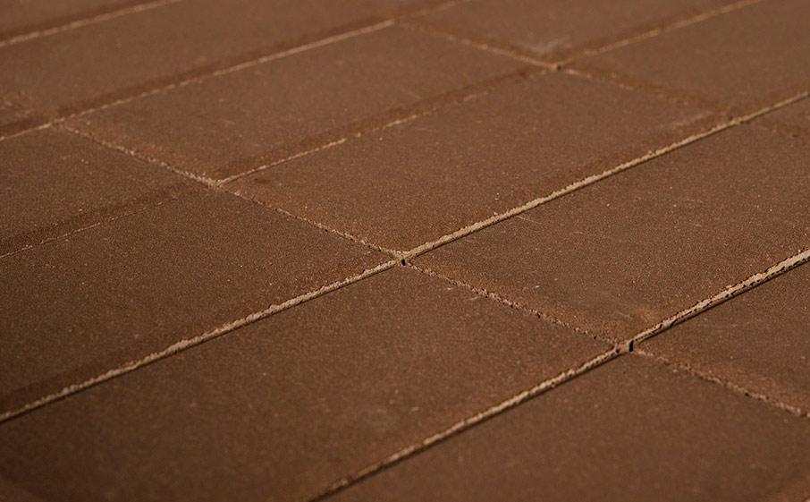 """Плитка тротуарная """"Прямоугольник """" 200/100/60 коричневый поддон 12,96 кв.м вес 1785 кг"""