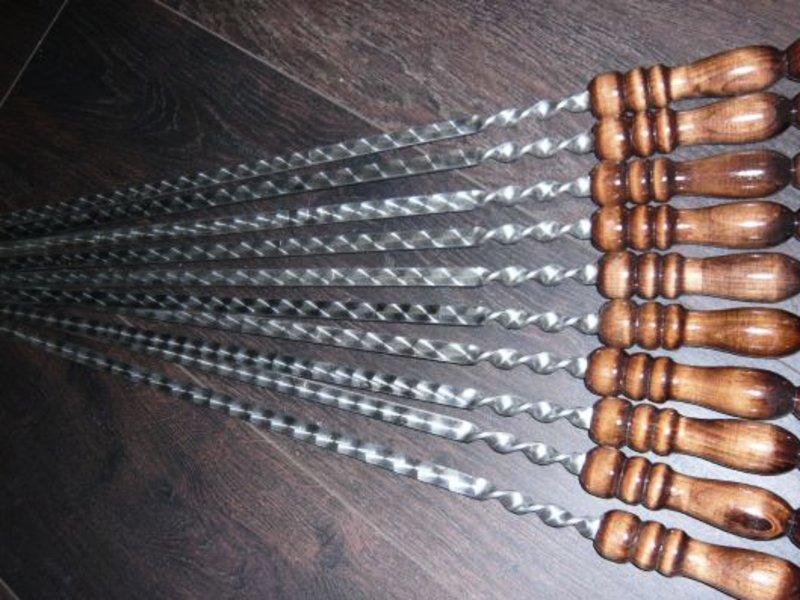 Шампур 60см с деревянной ручкой