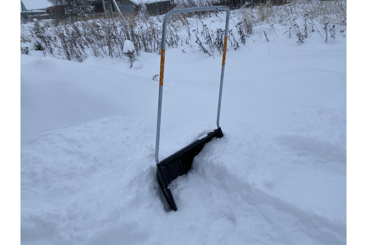 """Скрепер для уборки снега """"FISKARS""""1003470"""